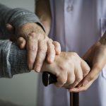 Manifest: Doe verpleeghuizen tijdens tweede coronagolf niet meer op slot